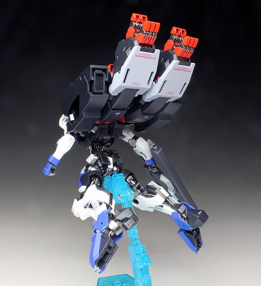 Đánh giá chi tiết mô hình Bandai Gundam HG IBO Dantalion (2)