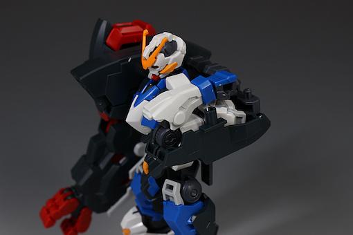 Đánh giá chi tiết mô hình Bandai Gundam HG IBO Dantalion (26)