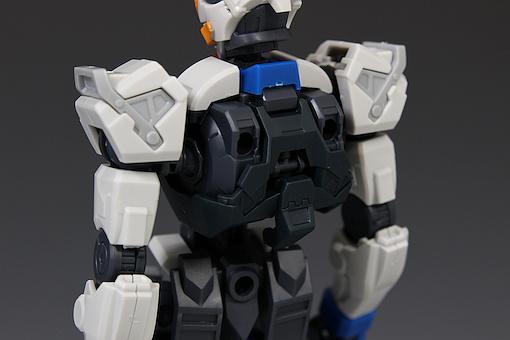 Đánh giá chi tiết mô hình Bandai Gundam HG IBO Dantalion (36)