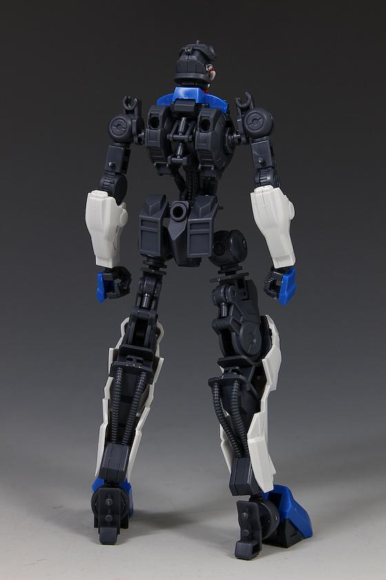 Đánh giá chi tiết mô hình Bandai Gundam HG IBO Dantalion (41)
