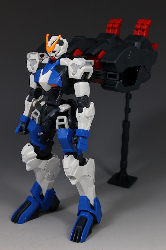 Đánh giá chi tiết mô hình Bandai Gundam HG IBO Dantalion (42)